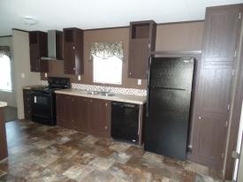 RM1676B Kitchen 2