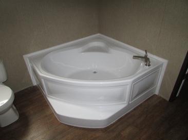 RM2856A HAA Master Garden Tub